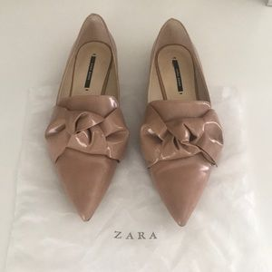 Like new Zara Blush pointed Knot Flats
